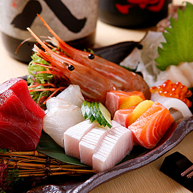 築地で刺身・鮮魚